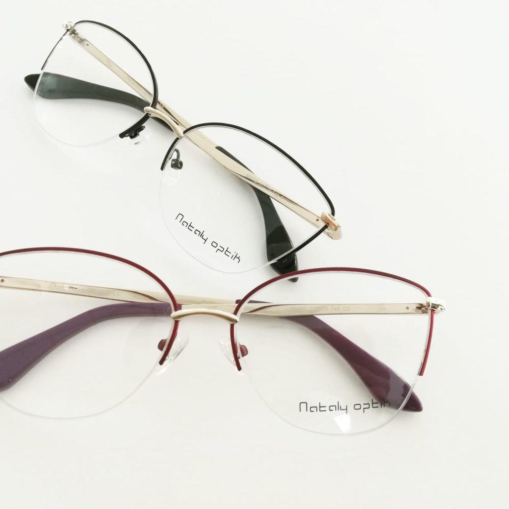 Occhiali da vista in metallo colorati
